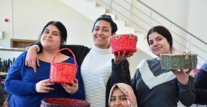 Torbalı'da açılan meslek fabrikası ilk meyvelerini verdi