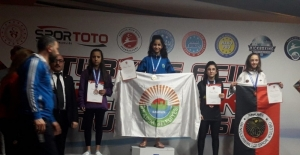 Türkiye Açık Kick Boks Şampiyonası'na İlkadım Belediyesi damga vurdu