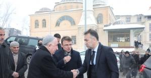 Vali Çağatay'dan Çevik ailesine taziye ziyareti