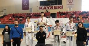 Sivas Judo takımı yarı finale çıktı
