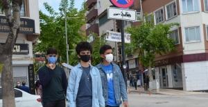 15-20 yaş grubu 3. kez sokağa çıktı