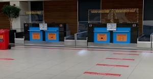 Antalya Havalimanına kısıtlama sonrası ilk uçak yarın 11:39'da iniyor