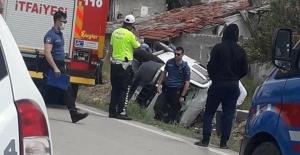 Beypazarı'nda köpeğe çarpmamak için araç takla attı: 1 yaralı