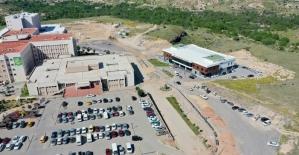 Devlet Hastanesi çevresinde altyapı çalışmaları sürüyor
