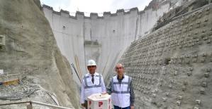 DSİ Genel Müdürü Yıldız, Yusufeli Barajı'nda inceleme yaptı