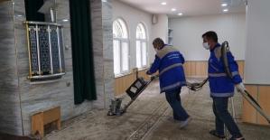 Haliliye'de camiler ibadete hazır