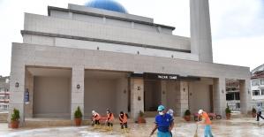 Isparta'da camiler Cuma namazına hazır hale getirildi
