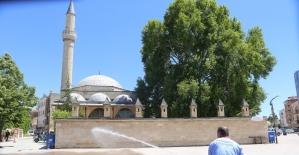 Karaman'da camiler cuma namazına hazırlanıyor
