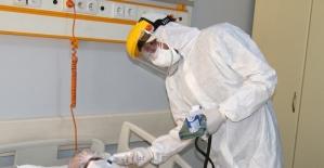 Korona virüs hastasına apandisit ameliyatı yapıldı