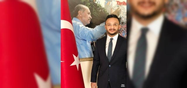 """AK Parti İl Başkanı Yanar, """" Asılar geçse de 15 Temmuz gecesi milletimizin kahramanlığı da hainlerin ihaneti de unutulmayacak"""""""