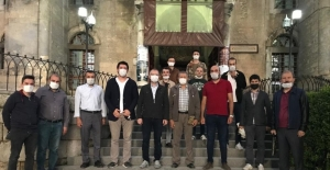 AK Parti'li gençlerden Ayasofya kararı için şükür duası