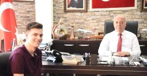 Dursunbeyli genç finalist freezone müzik yarışmasında destek bekliyor