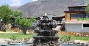 Erzincan Belediyesi Fen İşleri Müdürlüğü ekipleri il genelinde çalışmalarını sürdürüyor