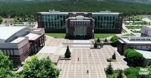 ESOGÜ 25 öğrenci ile 22 akademisyeni yurt dışına gönderiyor