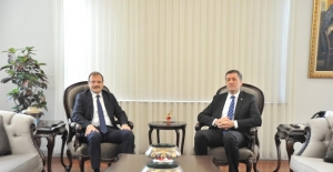 Hakan Çavuşoğlu'ndan eğitim yatırımları için müjdeli haber