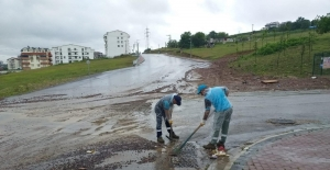 İzmit'te 2 saatte metrekareye 62 kilogram yağış düştü