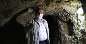 Yerin 8 kat altına indi tüm dünyayı Kapadokya'ya davet etti
