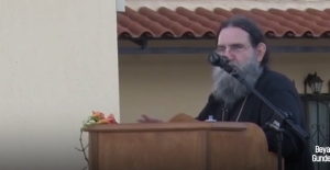 Yunan Rahip içimizdeki Yunanlardan daha omurgalı çıktı!