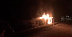 Antalya-Konya karayolunda seyir halindeki kamyon yandı