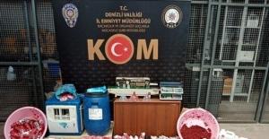 Kaçak ürünlerle birlikte yakayı ele verdiler