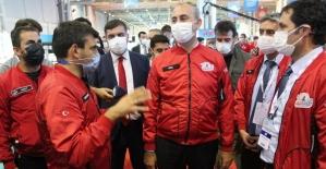 Adalet Bakanı Gül, Teknofest 2020 yarışmalarını ziyaret etti