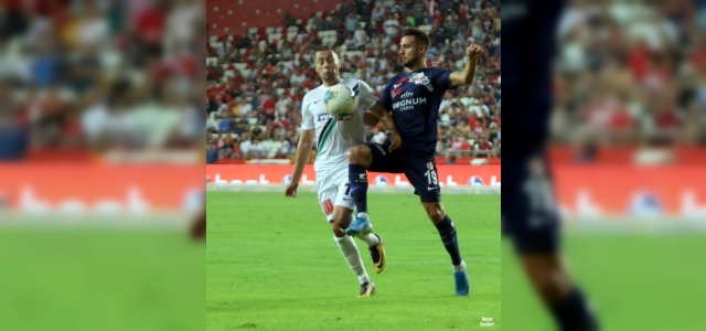 Antalyaspor ile Denizlispor lig rekabetinde 27. randevuda