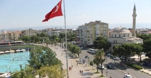 Aydın'da 6 günde 52 kök kenevir ele geçirildi
