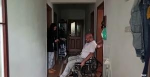 Bozulan akülü aracı için ilçe belediyesinden yardım istedi, aldığı cevap karşısında şoke oldu