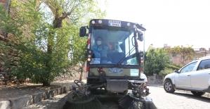 Efeler Belediyesi Kemer Mahallesi'nde temizlik çalışması yaptı