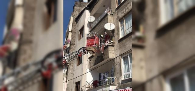 Yangında mahsur kalan 3 kişi kurtarıldı
