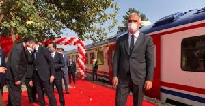 """Bakan Ersoy: """"Ankara'yı hap yaparak birçok noktaya turizm tren rotalarını yaymak istiyoruz"""""""