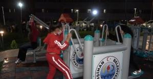 Cumhuriyet Bayramı'nda açılan parkla çocukların yüzü güldü