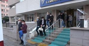 FETÖ üyesi askerlere 'ankesör' operasyonu: 7 gözaltı