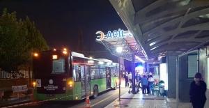 Rahatsızlanan yolcuyu halk otobüsüyle hastaneye yetiştirdi