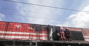 Yük treninde çıkan yangın söndürüldü