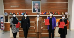 AK Parti'den Gediz, Altıntaş ve Dumlupınar'a başkan ataması
