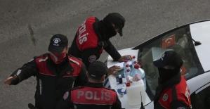 Başkent'te sahte alkol üreten kişi suçüstü yakalandı