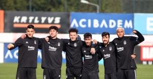 Beşiktaş, ara vermeden Kasımpaşa hazırlıklarına başladı