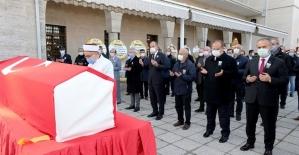 Bursa'da emekli Vali Zekai Gümüşdiş son yolculuğuna uğurlandı