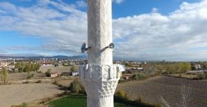 Eğitimci başkandan cami minaresine öğrenciler için Wi-Fi