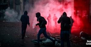 Protestolar hükümete geri adım attırdı