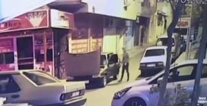 Gezmek için 3 araç çaldılar, şansızlık yakalarını bırakmadı; O anlar kamerada
