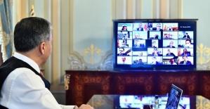 İstanbul Valisi Yerlikaya'dan video konferanslı korona virüs toplantısı