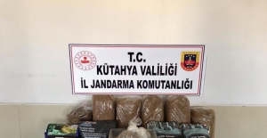 Kütahya'da 30 kilo kaçak tütün ele geçirildi