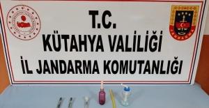 Kütahya'da uyuşturucu operasyonu: 2 gözaltı