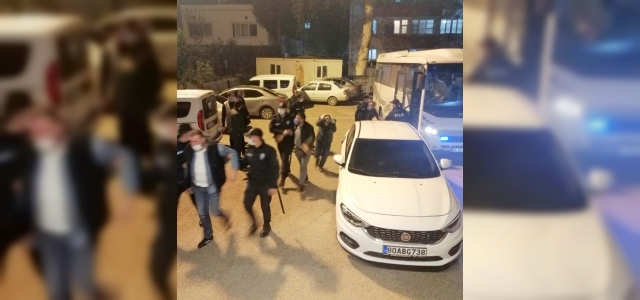 Osmaniye'de kumar oynatılan iş yeri kapatıldı