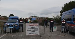Ayvalık'ta Çamoba kırsal mahallesine Covid19 karantinası