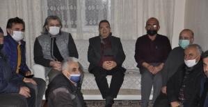 Başkan Kazgan kapı kapı gezerek sorunları dinliyor