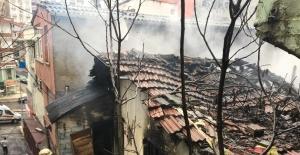 Eyüpsultan'da yangın çıkaran madde bağımlıları mahalleliyi ayağa kaldırdı