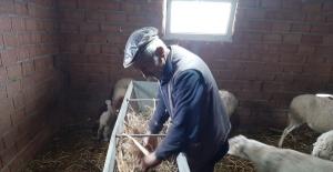 Hayvanları telef olmaktan kurtarılan çiftçi, Başkan Bozkurt'a teşekkür etti